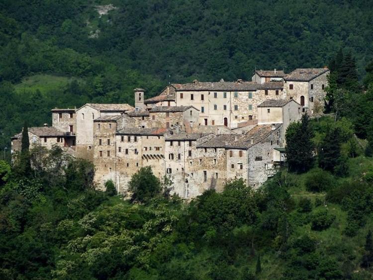 01_castello_avacelli_04